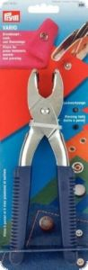 Pliers for press fasterners, eyelets and piercing