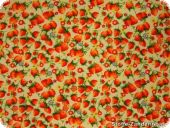 Strawberrys small, on ecru, 140cm